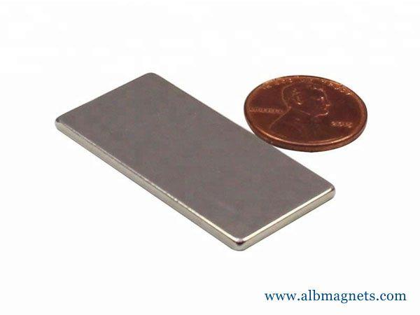 40x20x2mm block neodymium magnet with self-adhesive