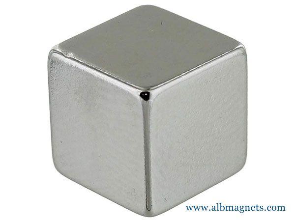 B888-N52 Neodymium Rare Earth Magnets 1/2 Inch Cube N52