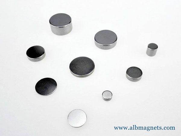 custom shape diametrically magnetized large-small
