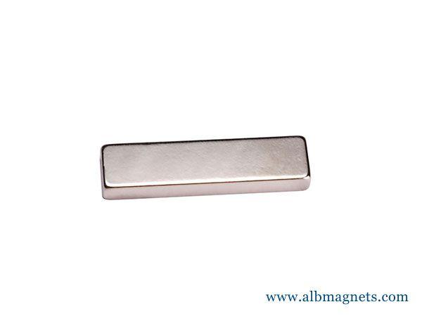 customized strong rectangular n42 block magnet 30x10x