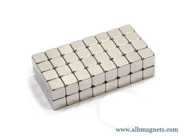 n45 super powerful cube neodym magnet 10mm