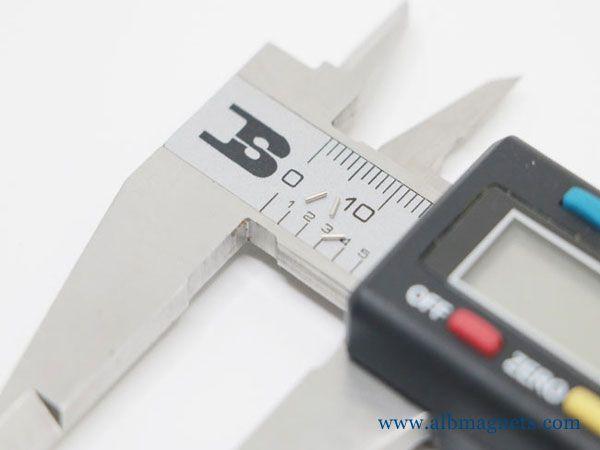 neodymium magnet very small mini magnet d1x1mm