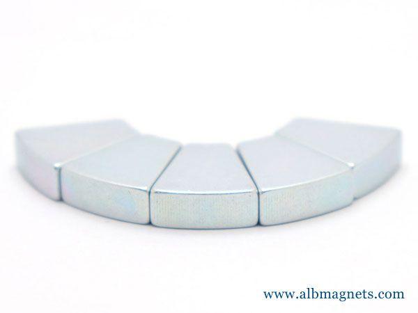 powerful arc srgment neodymium magnet