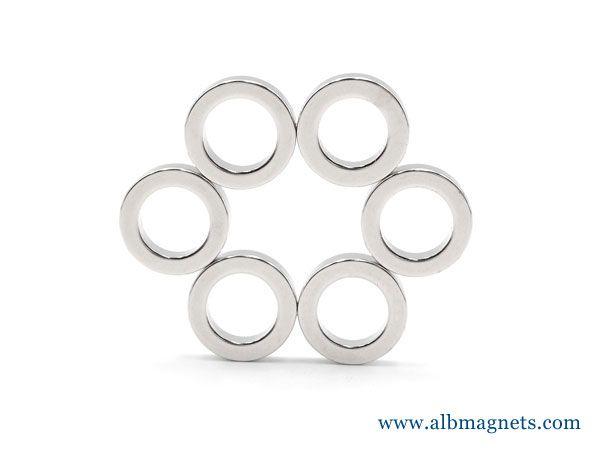 powerful diametrically magnetized ring cylinder neodymium magnets